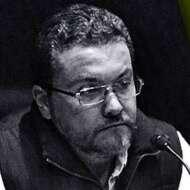 Arturo González González
